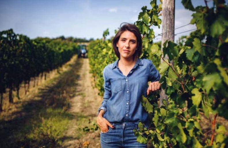 Marianna tussen haar wijnstokken